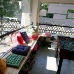 Fenster-Chill-Bänke