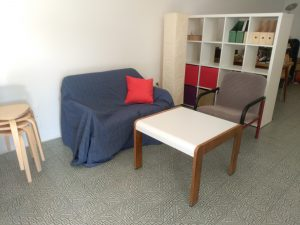 Sofa-(fehlt noch)-Ecke